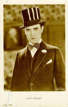 John Gilbert born as John Cecil Pringle. American actor and a major star of the silent film era John Gilbert, Lillian Gish, Lead Men, Rudolph Valentino, Retro Fashion, Mens Fashion, Silent Film, American Actors, Handsome