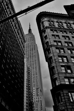 NYC Street New York Photography, Street Photography, New York City, Skyscraper, Nyc, Black And White, Pictures, Photo Art, Skyscrapers