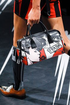 See detail photos for Prada Spring 2018 Ready-to-Wear  collection.