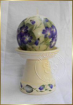 Bougie et bougeoir motifs violette