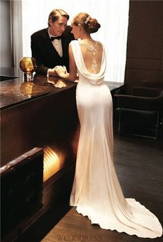 Classy + Style old world glamour Wedding dress. I want to wear this to some function around the wedding, like the rehearsal or something Dresses Elegant, Beautiful Dresses, Gorgeous Dress, Classy Gowns, Elegant Gown, Classy Dress, Beautiful Life, Bridal Gowns, Wedding Gowns