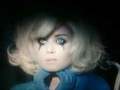 If Roisin Murphy and Lady Gaga got into a fight... Roisin would rape her with a lobster.
