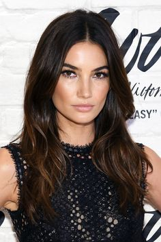 Lily Aldridge Looks Totally Different with a Bob is part of Lily aldridge hair - Lily Aldridge debuted a shorter collarbonelength cut, and it's the stuff our hair makeover dreams are made of Check out her new look here Subtle Hair Color, Gorgeous Hair Color, Lily Aldridge Hair, New Hair, Your Hair, Brown Hair With Lowlights, Celebrity Hair Colors, Cool Haircuts, Layered Haircuts