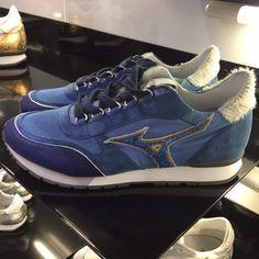 mizuno 1906 blue