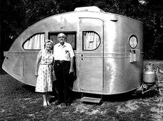 The Flying Tortoise: Tiny Vintage Camping Vehicles...