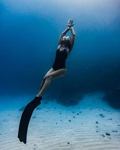 Open Water Swimming Ocean Race Training – Famous Last Words Ocean Underwater, Underwater Painting, Underwater Photos, Swimming Photography, Underwater Photography, Levitation Photography, Exposure Photography, Winter Photography, Beach Photography