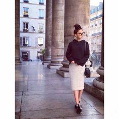 パリに着きましたスニーカーコーデ by 仲村美香                                                       …
