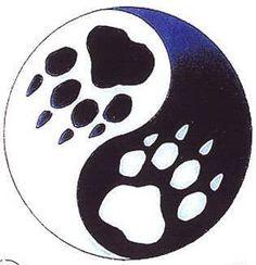Wolf print yin/yang