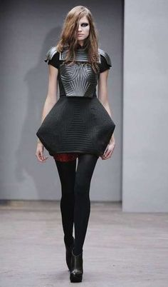 Sculptural Fashion - dress design with exaggerated silhouette, geometric shapes and quilted patterns; 3D fashion // Louise Goldin