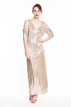The various types of ease that are available in Zain are quite attractive salaries. Everyday Dresses, Dresses Online, Evening Dresses, Curvy, Metallic, Cold Shoulder Dress, Clothes For Women, Chic, Lady