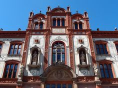 The Rostock University, founded in is considered as the oldest university of the Baltic Sea area. The depicted main building was erected in the years 1867 – 1870 and it is an example of Renaissance Revival architecture in Mecklenburg. Saxony Anhalt, Rhineland Palatinate, Lower Saxony, Revival Architecture, North Rhine Westphalia, Baltic Sea, Facade, Maine, Travel Destinations