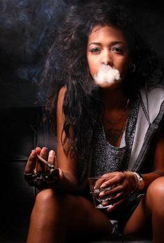 Tyylin smokes marijuana to relax and stay calm. She feels at peace when she smokes