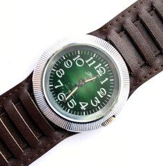 Vintage huge watch mens watch green watch by ClockworkUniverse