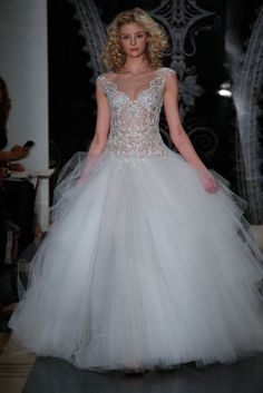 See All 168 Gorgeous Gowns From Bridal Fashion Week Spring  14 d105d449fc7b