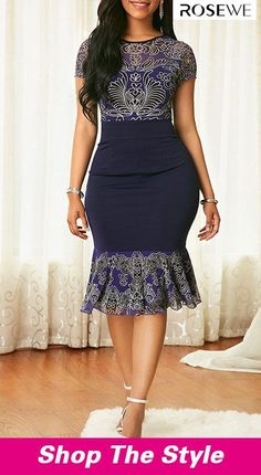 Dresses For Women Latest African Fashion Dresses, African Dresses For Women, African Print Dresses, Women's Fashion Dresses, Fashion Clothes, Classy Work Outfits, Classy Dress, African Traditional Dresses, Trendy Dresses