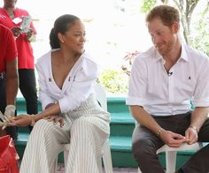 """Kensington Palace explained the duo wanted """"to show how easy it is to be tested for HIV."""""""