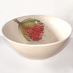This beautiful, ceramic salad bowl, designed by Freakalee Ceramics, has been inspired by South Africa's beautiful national flower.