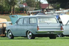 Holden Wagon, Holden Australia, Australian Cars, Station Wagon, Cars And Motorcycles, Vintage Cars, Old School, Transportation, Classic Cars