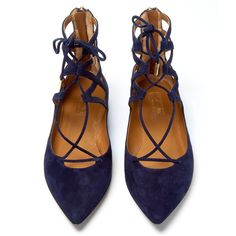 Aquazzura Navy Belgravia Pointed Suede Flats ($675) ❤ liked on Polyvore featuring shoes, flats, pointed toe flats, navy blue shoes, pointy-toe flats, pointed flat shoes and pointy flats