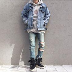 Lihat foto Instagram ini oleh @bestofstreetwear • 5,532 suka