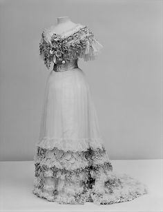 Jacque Doucet, 1904