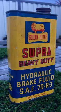 Not many brake fluid cans survive but this is a beauty