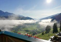 Especially on autumn days you can enjoy the view from our hotel down to the fog lifting - besonders an Herbsttagen kannst du den Blick auf den sich lichtenden Nebel genießen