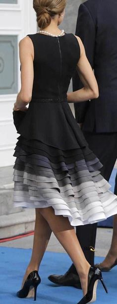 Details of Queen Letizia's Felipe Varela dress