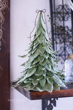 Christmas Tree Paper Craft, Christmas Flower Decorations, Diy Christmas Garland, Christmas Craft Projects, Rustic Christmas, Christmas Holidays, Festa Party, Christmas Inspiration, Winter