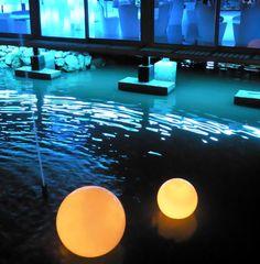 Waterproof swimming led ball