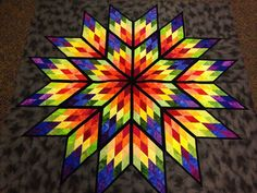 Prismatic Star, Quiltworx.com, Made by CI May Gunter Lone Star Quilt, Star Quilt Blocks, Star Quilts, Mini Quilts, Barn Quilt Designs, Barn Quilt Patterns, Quilting Designs, Canvas Patterns, Star Patterns