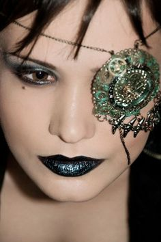 glam eye patch - this would like amazing with a steampunk costume! #provestra