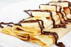 PALEO BANANA NUTELLA CREPE. Wanna give this recipe a shot? - http://paleoaholic.com/paleo/paleo-banana-nutella-crepe/