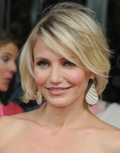 Cameron Diaz bob style hair - this is a great example of a hair cut that helps give thin hair volume. The length + the bangs are two tricks to making your hair appear fuller that it really is.