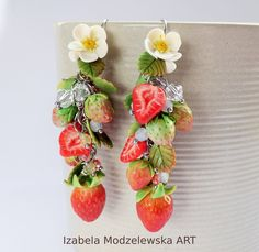 Facebook Sign Up, Wire Wrapping, Polymer Clay, Strawberry, Handmade Jewelry, Art, Strawberries, Kunst, Diy Jewelry