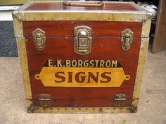 Antique sign painters kit.Texas by retrosigns, via Flickr