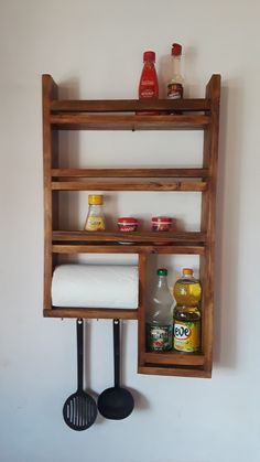 Small Woodworking Projects, Diy Wood Projects, Wood Crafts, Diy Furniture Easy, Home Decor Furniture, Diy Custom Closet, Pinterest Home Decor Ideas, Wooden Spice Rack, Remodeling Mobile Homes