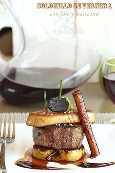 Solomillo de ternera con foie y manzana braseada - Errezetak - Gourmet Recipes, Beef Recipes, Meat Steak, Food Presentation, Food Design, Food Plating, Organic Recipes, Love Food, Food Porn