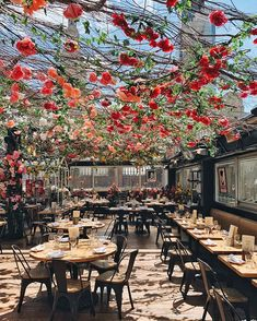 SERRA Summer Fest is tonight! Tickets are still available- tap the link in our bio to see the menu & get yours before it's too late. Coffee Shop Interior Design, Coffee Shop Design, Cafe Design, Outdoor Restaurant Patio, Country Chandelier, Summer Fest, Cafe Concept, Best Rooftop Bars, Weekend Plans