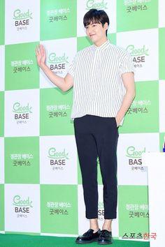 [Photos] Lee Min-ho's 'boyfriend' look