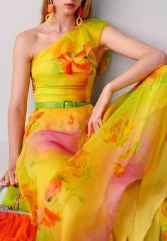 Makalla Floral Silk Organza Dress by Ralph Lauren Organza Dress, Silk Organza, Silk Dress, Fashion 2020, Fashion Show, London Fashion, Dress Fashion, Women's Fashion, Fashion Trends