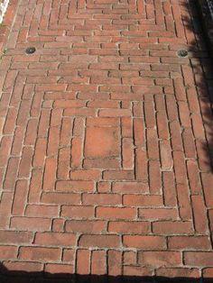 Mounting a Block or Paver Walkway – Outdoor Patio Decor Brick Pathway, Brick Paving, Brick Garden, Garden Paving, Brick Flooring, Concrete Patio, Garden Paths, Brick Courtyard, Paving Pattern