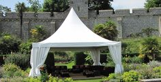 <h2>The 'Chinese-Hat' Pagodas</h2><p>Great as an entrance tent, or for drink receptions and parties, giving that extra special feel!</p>