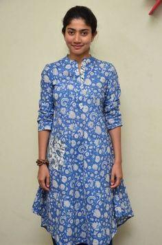 Sai Pallavi Stills In Blue Dress At Fida Movie Interview Beautiful Bollywood Actress, Beautiful Actresses, Beauty Full Girl, Beauty Women, Kurtha Designs, Sai Pallavi Hd Images, Sumo, Cute Celebrities, Indian Beauty Saree