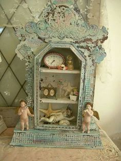 Old vintage clock into a shabby chic display case