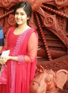 Poonam Bajwa Photos - Poonam Bajwa in Red Salwar Hot Actresses, Indian Actresses, Beautiful Indian Actress, Beautiful Actresses, Indian Face, Salwar Designs, India People, Beauty Full Girl, South Actress