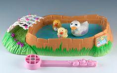 Vintage Littlest PET Shop Swimming Ducklings With Pondside Nest Kenner 1994