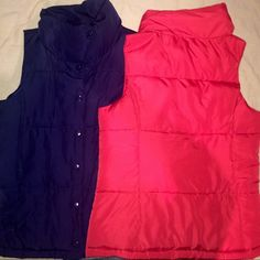2 for $25 bundle! 2 vests for $25• 1  1  both from Forever 21 • in great shape! Pair with a nice hoodie for the fall/winter Forever 21 Jackets & Coats Vests