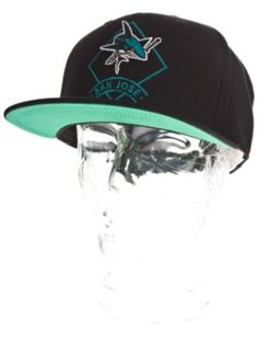 Acquista Cappellini Mitchell & Ness San Jose Sharks Arch Diamond Logo Cap - Uomo/Uomo