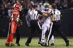 Marshawn Lynch ejected for pushing official in Raiders game